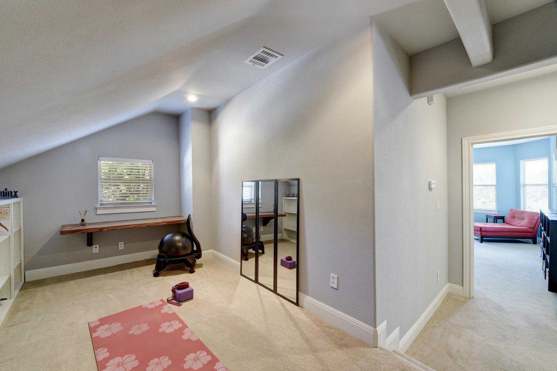1014 Ogden Drive - Bonus Room