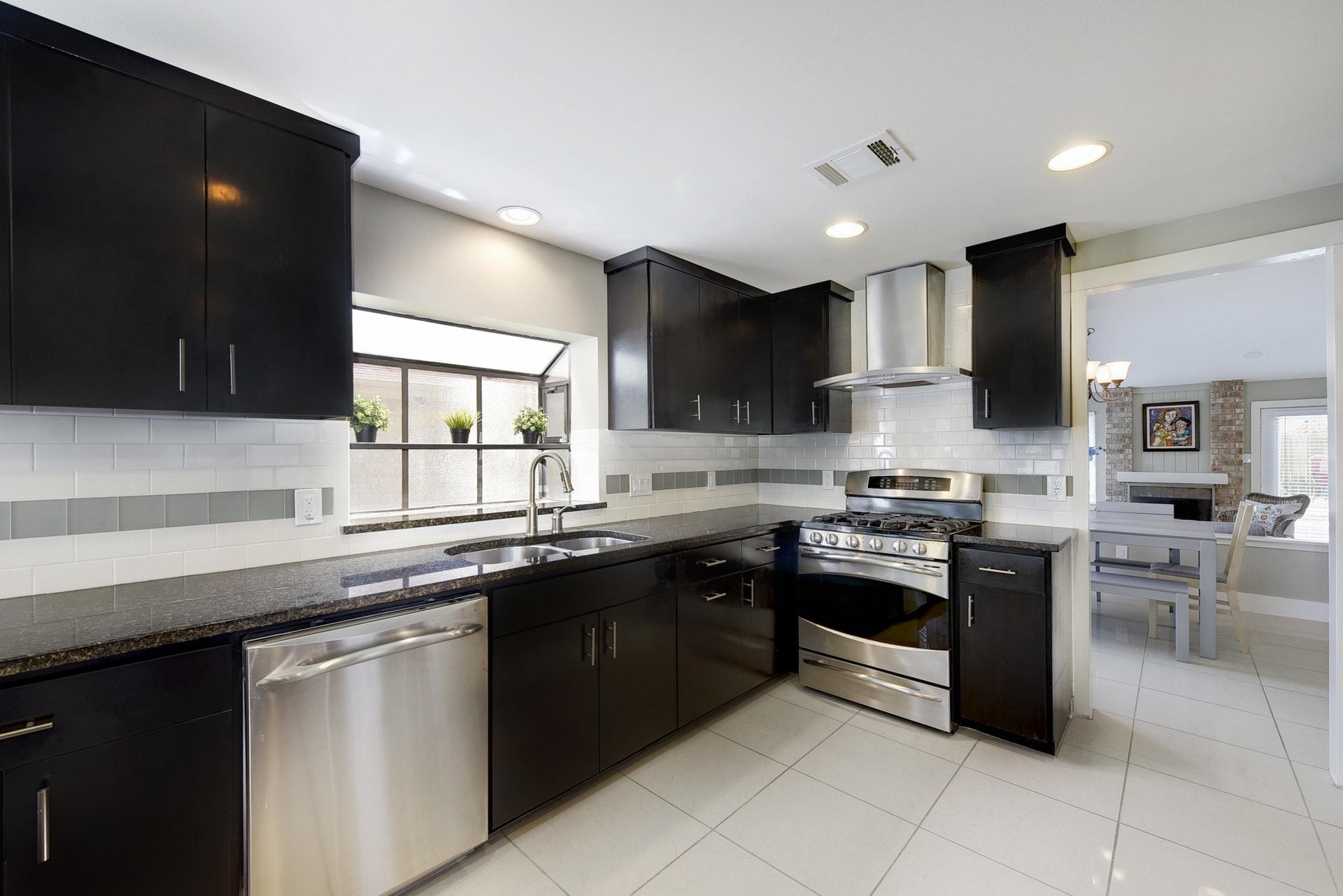 4601 Oak Creek Drive - Kitchen
