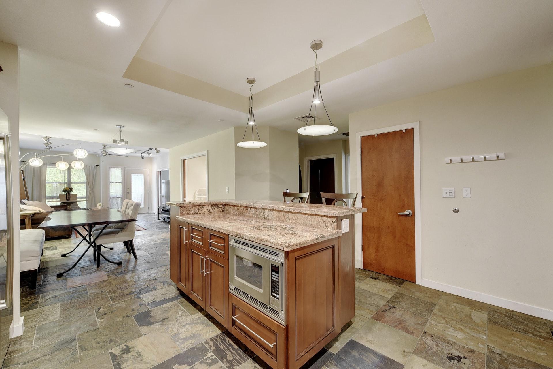 1812 West #306 - Open Floor Plan