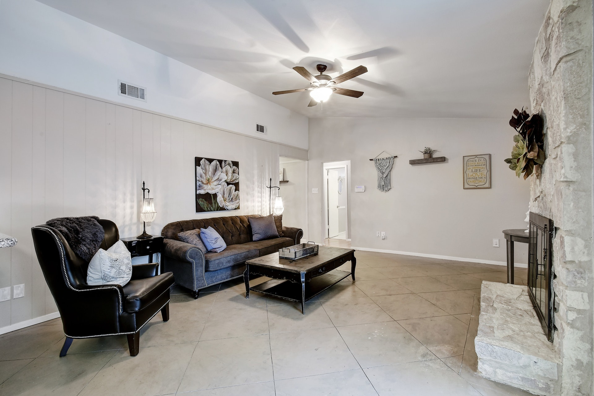 2300 Lear Lane - Family Room 2