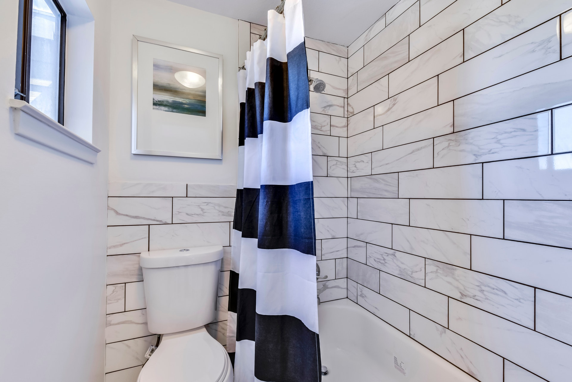 1135 Barton Hills - Master Bathroom