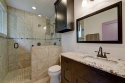 604 Mary - Bathroom