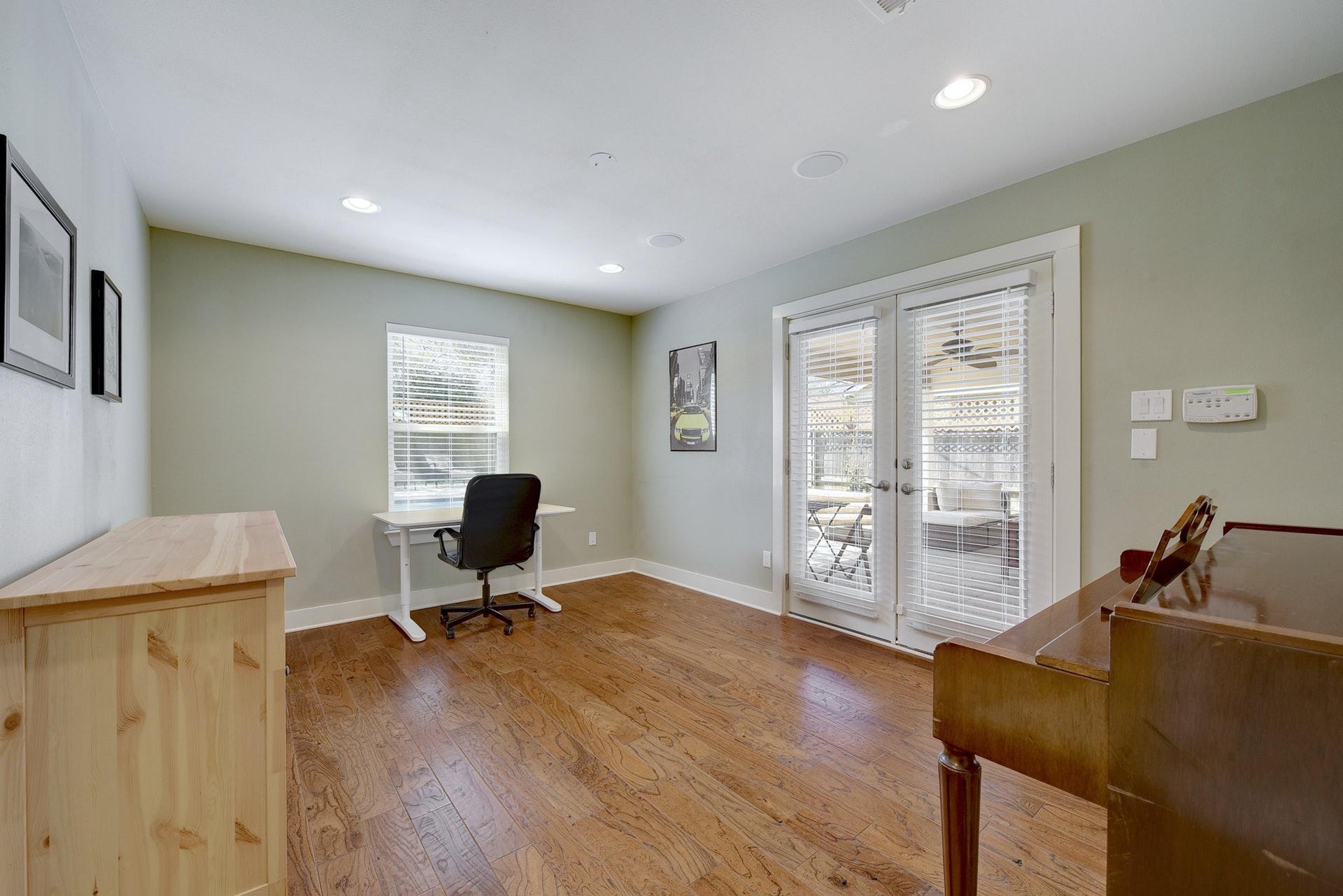 4601 Oak Creek Drive - Office