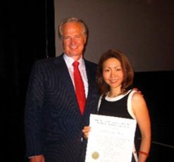 Dr. Kessy Lee with Dr. Carl Misch at implant dentist award ceremony