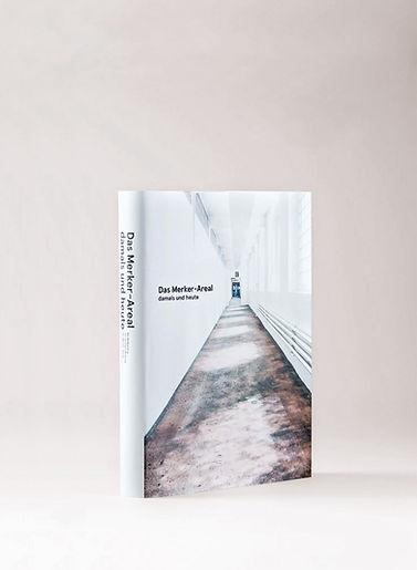 Buchgesatltung, Editorial Design und Fotografie über das Merker Areal – damals und heute, design by Kathrn Nutter Design Studio, Visuelle Kommunikaion, HGK Basel