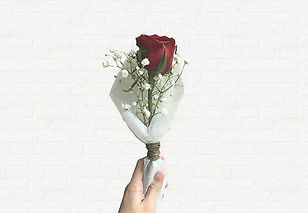 single stalk rose bouquet small affordable singapore