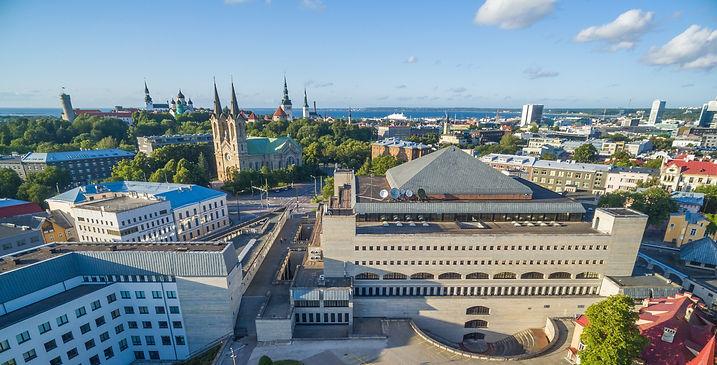 Eesti Rahvusraamatukogu hoone linnulennult