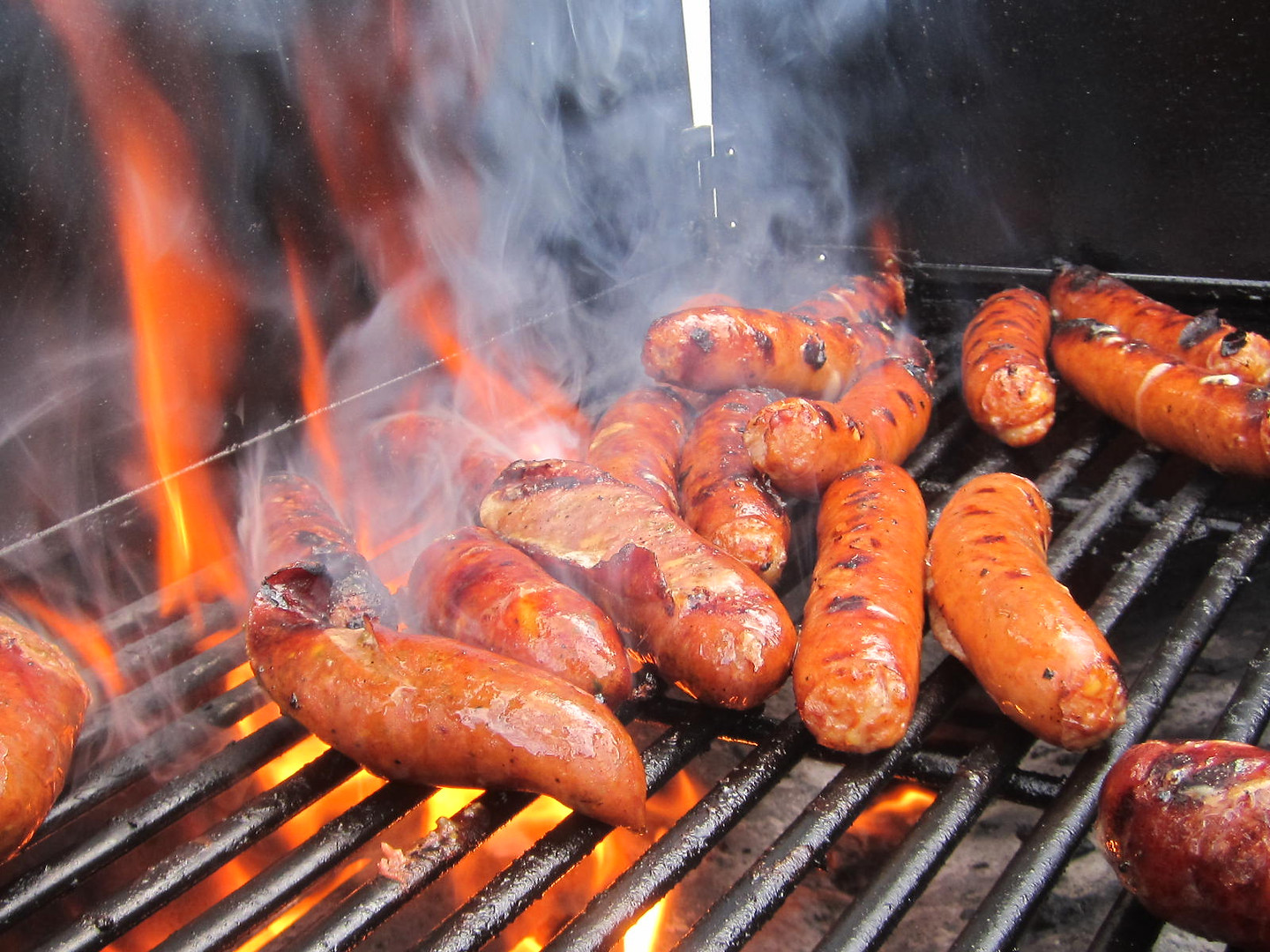 Grilling Gourmet Hot Dogs and Sausages
