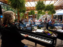 Dueling Pianos 8.11.17 Mark Johnson, Gre