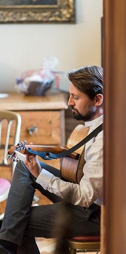 Alex Laloux, Gitarre, Hochzeit, Musik, Hochzeitsmusik, Trauung, Foto: Barbara Wenz