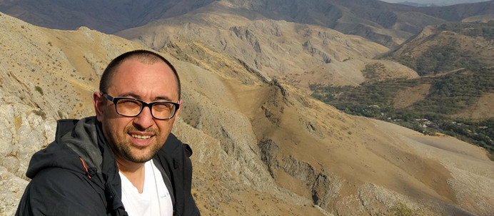 How ending a startup leads to a business of self-discovery - Interview with Ansis Farhad Lipenitis