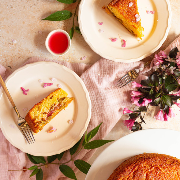 rhubarb custard cake6.jpg