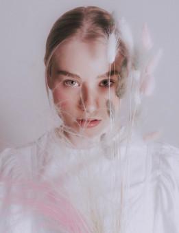 Portraits of Aleksandra 2020/03
