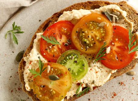 Tomato and Hummus Toast