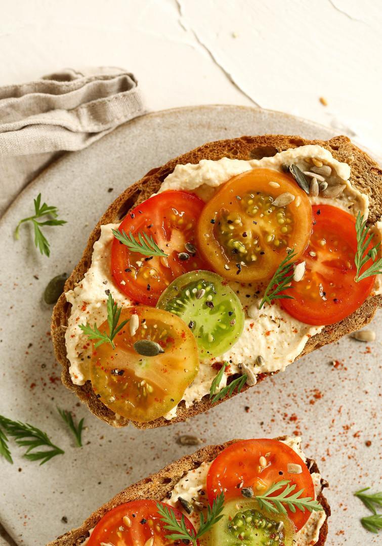 tomato hummus toast (1 of 1).jpg