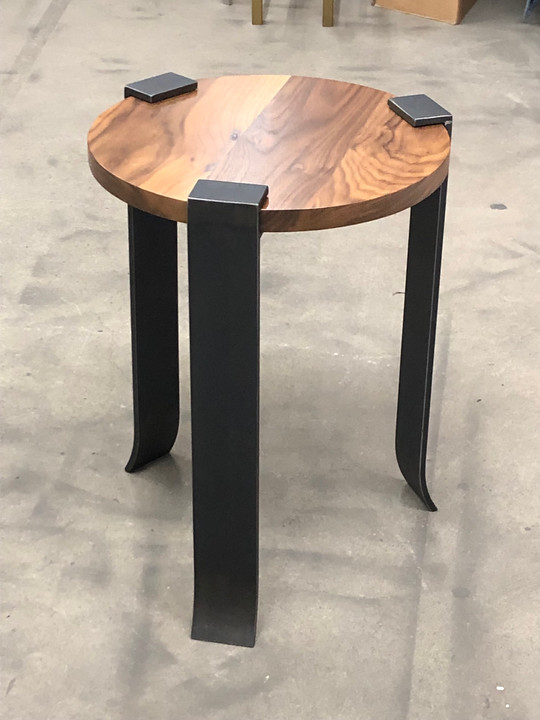 Werthan Drink Table
