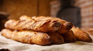 bread-2436370_1280-696x379.jpg