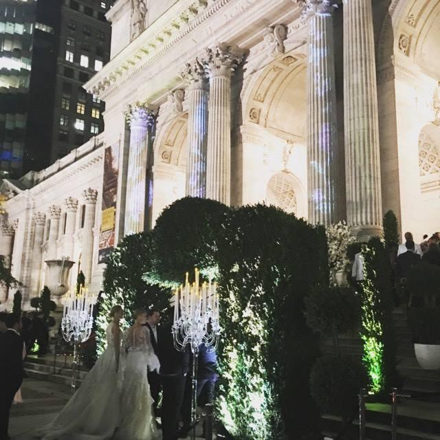 全米80%の花嫁たちのバイブルthe knot
