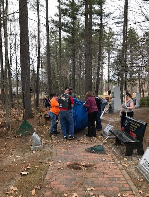 2019.04.14 Veteran's Cemetery Cleanup.7.