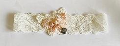 handmade wedding garter in cream and peach lace