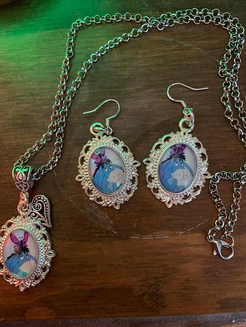 Disney Eeyore inspired jewellery set