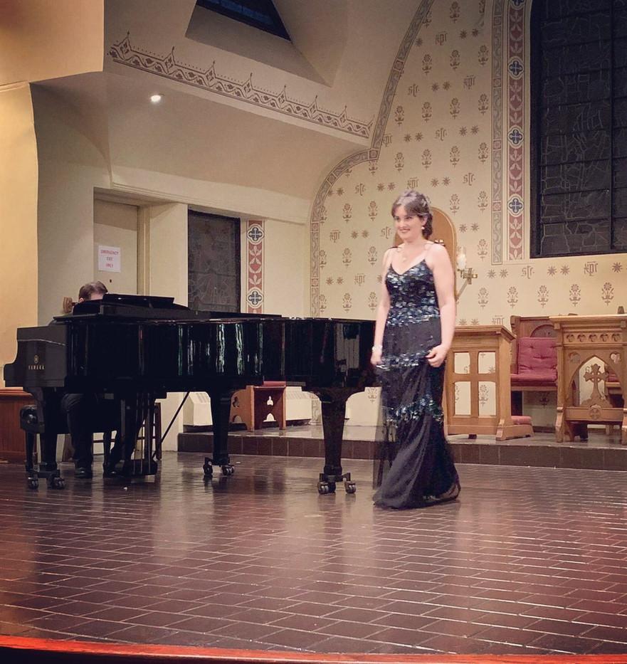 Maria Zoi - mezzo soprano