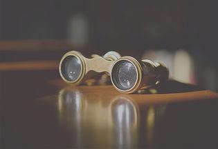 Vintage%20Theater%20Glasses_edited.jpg