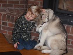A boy and his dog (Meeka Boven)