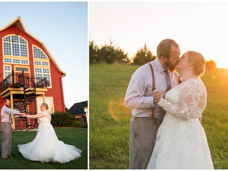 {Chelsie & Walker} Crooked Willow Wedding & Event Center, Osakis, MN