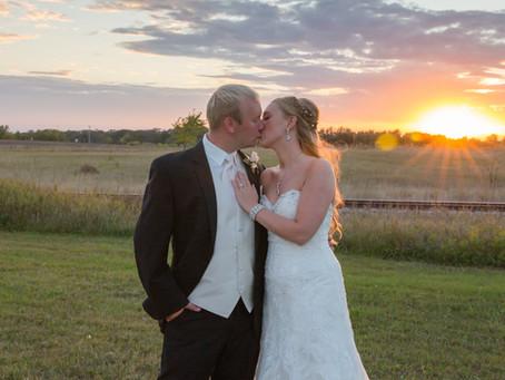 {Ashley & Devon} Alexandria Minnesota Wedding