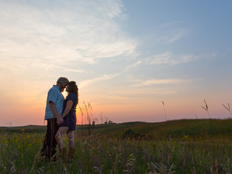 {Katie & Kyle} Glacial Lakes State Park Engagement Session