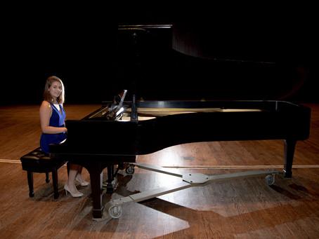 {Saffron} Class of 2018 Senior Pianist and Dancer