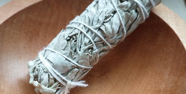 Bâton de sauge - 4 pouces