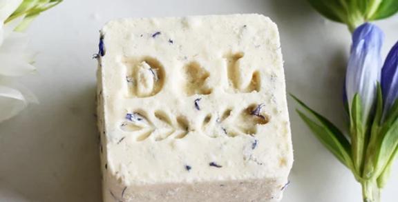 DOT & LIL - Cube lait de bain thé blanc gingembre