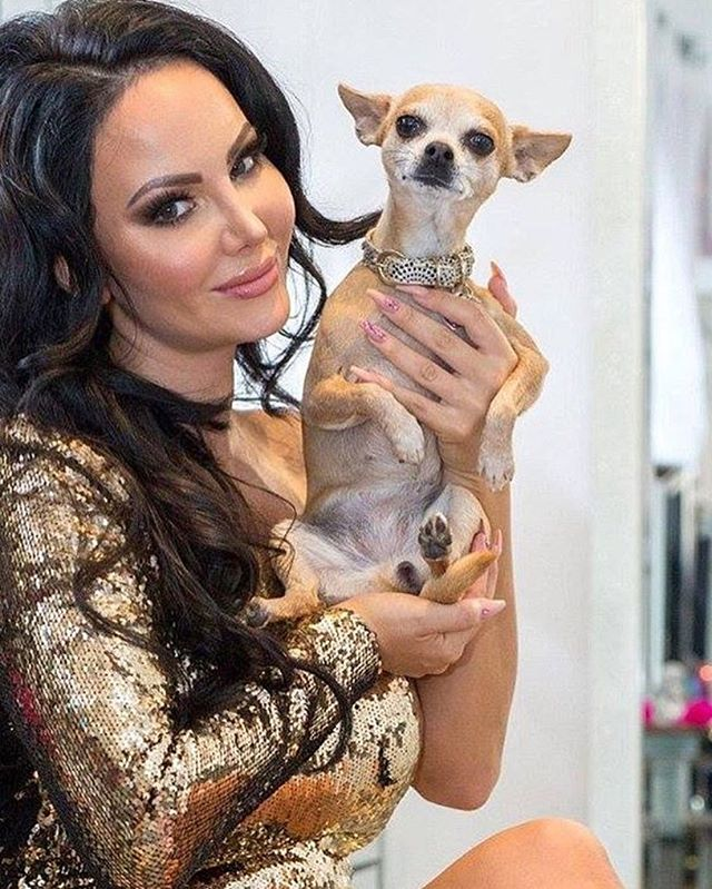 #jemzclients #clientselfie #jemzclientview #glamour #cutedogs #chiwawa #nails #nailsmagazine #naillo