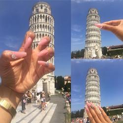 #jemzactualnailz #Pisa #italy #lovethisplace #chill #sightsee #leaningtowerofpisa #nails #nailsonthe