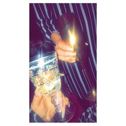 #jemzclientview #clientselfie #sisters #winetime #nails