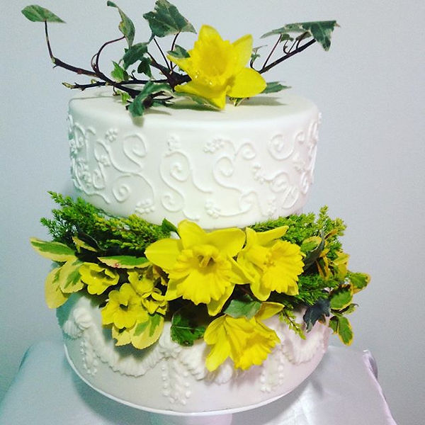 Spring flower sugar craft wedding cakes