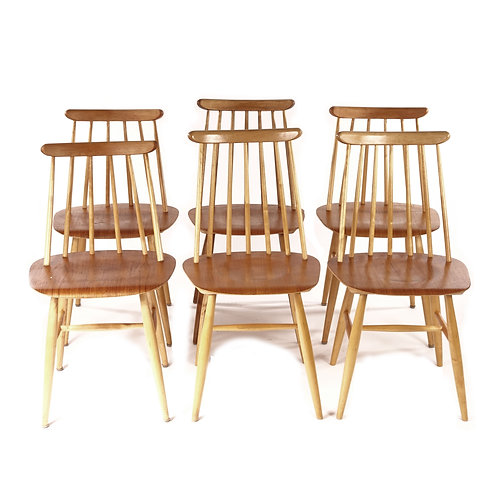 Vintage 1950s Windsor chairs