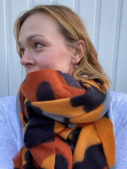 Livorno Leopard scarf in gold