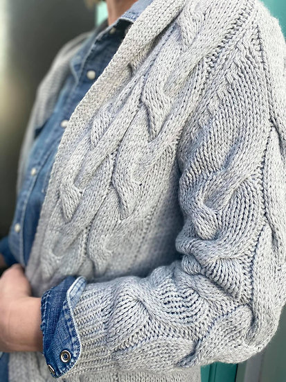 Cable knit Cardigan in grey and Mint