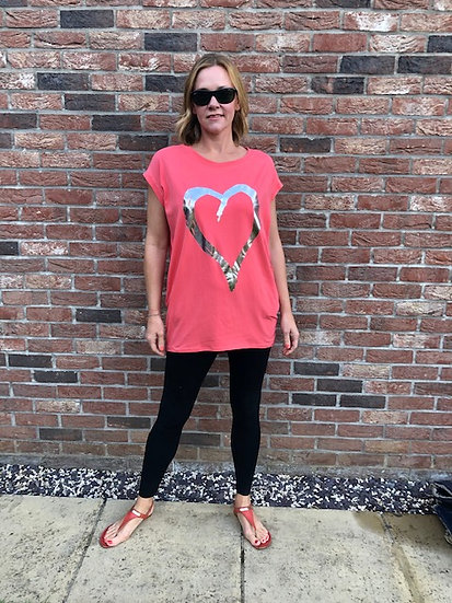 Longline Heart print T-shirt in Coral