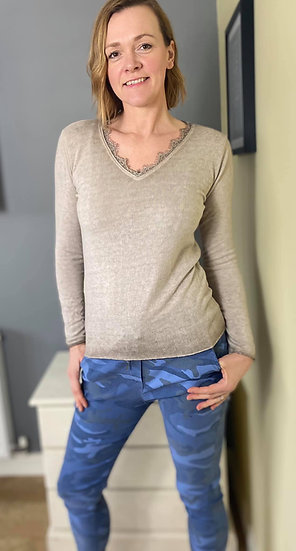 Alba Lightweight Jumper in Stone and Coral