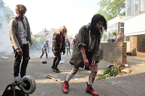 Cockney vs Zombies