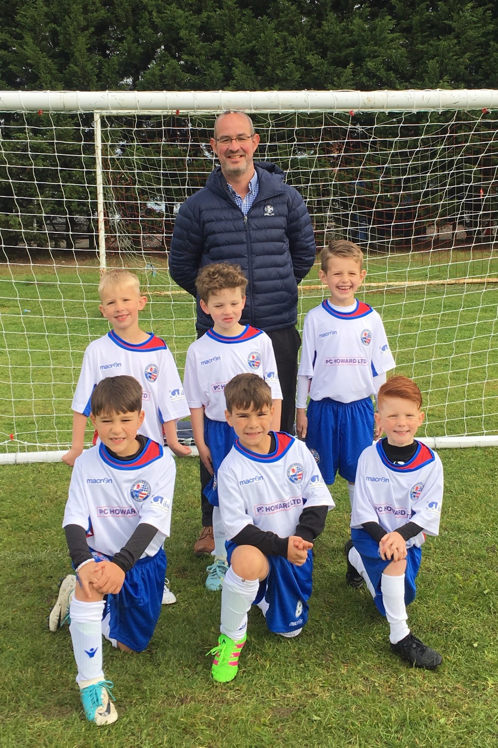 Under 7's Vipers with Sponsor PC Howard