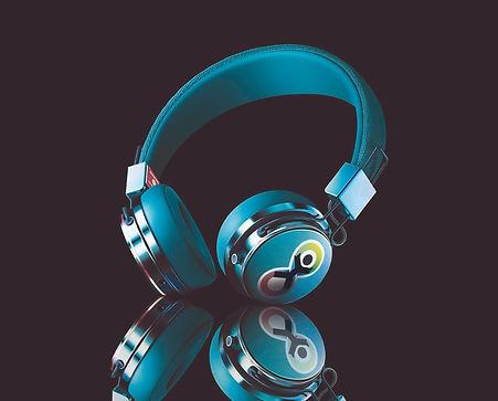 headphoness copy.jpg