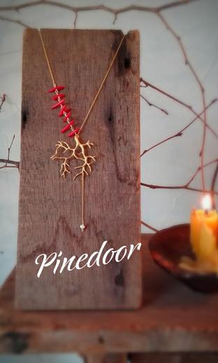 Pinedoor【毎日に寄り添うアクセサリー】