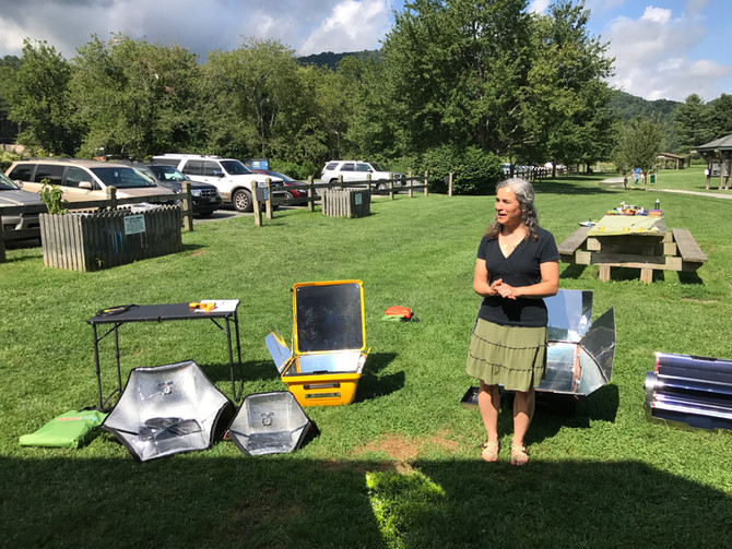 Solar Cooking in the Valle