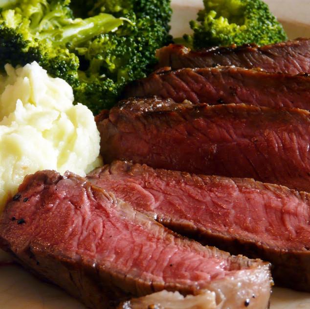 Steak and Cauliflower Mash Keto