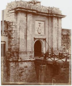 Fortaleza San Carlos de la Cabaña (La Habana, Cuba), 1900-1909.UNIVERSITY OF MIAMI. LIBRARY. CUBAN HERITAGE COLLECTIONMANUEL R. BUSTAMANTE PHOTOGRAPH COLLECTION.